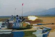 中国两栖坦克图片