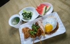 东南亚式套餐印尼炒饭图片