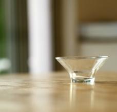 小玻璃杯子图片
