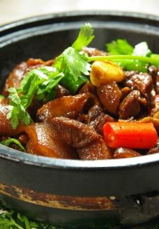 石锅野猪肉图片