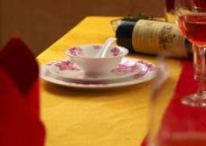 餐具 红玫瑰餐具图片